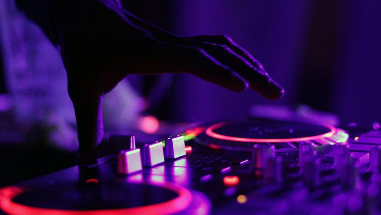 Dos horas de baile con DJ